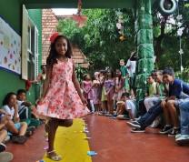 Educational Center Volunteer Kids Runaway Show